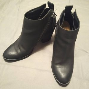 DV by Dolce Vita Black Leather Heeled Booties